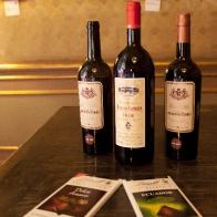 052-fratticioli-foto-cioccola-to-vino-lindt-distretto